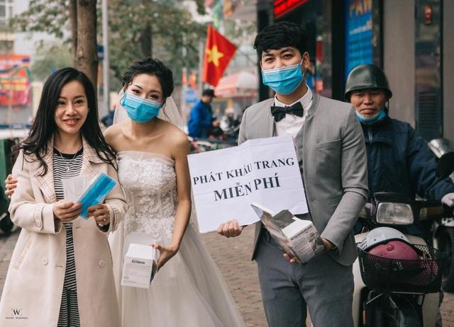 Ấm lòng những hình ảnh đẹp của người Việt giữa mùa dịch virus corona - 5