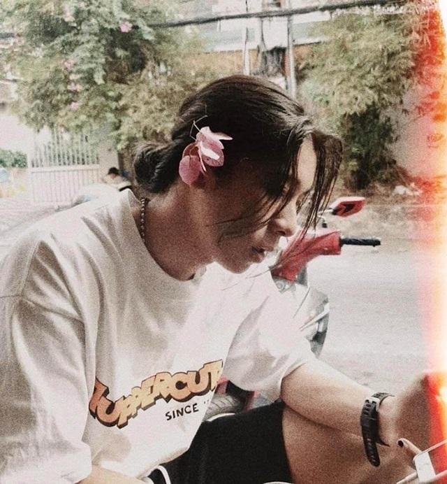 Góc nghiêng lãng tử của chàng trai Đắk Lắk sở hữu mái tóc dài - 4