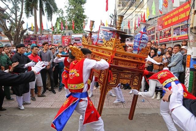 Hà Nội: Dừng đón khách tham quan, hoạt động văn hoá tại di tích, danh lam thắng cảnh - 2