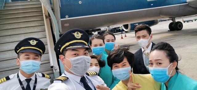 """Phi công tiết lộ """"nguy cơ cao"""" bị lây nhiễm dịch bệnh corona từ Trung Quốc - 2"""