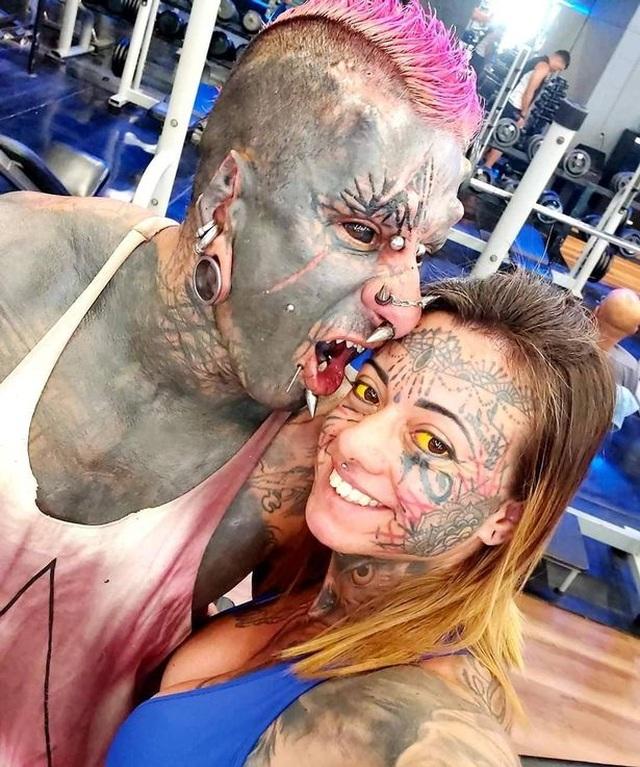 Sửa đổi cơ thể để được mệnh danh là quỷ Satan - 2