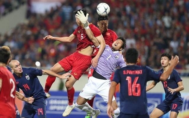 Cầu thủ Việt Nam vẫn thua Thái Lan về chiến thuật và tư duy chơi bóng - 1