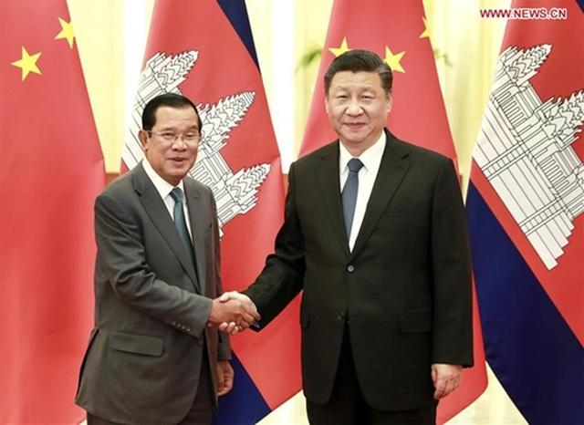 Thủ tướng Campuchia nói lý do không đeo khẩu trang khi tới Trung Quốc - 1