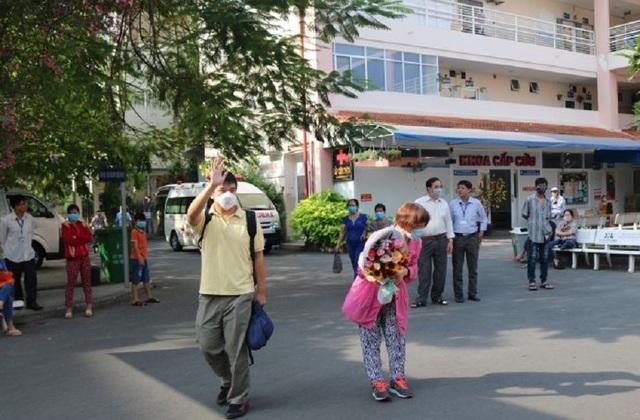 Bệnh nhân Trung Quốc nhiễm virus corona đầu tiên tại Việt Nam khỏi bệnh - 3