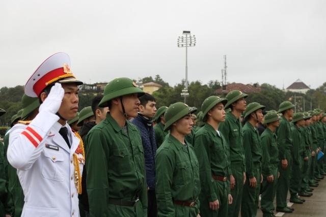 2.365 thanh niên Hà Nội viết đơn tình nguyện lên đường nhập ngũ - 1