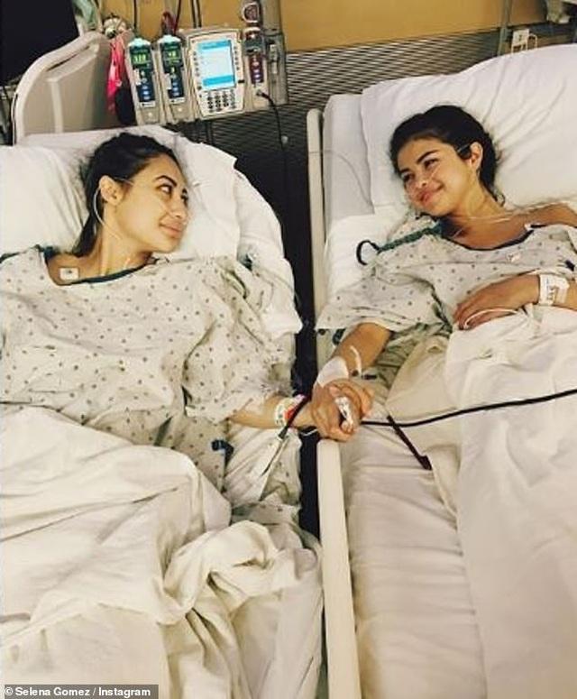 Selena Gomez bất ngờ chụp ảnh táo bạo - 7