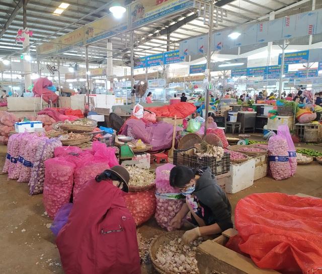 Đà Nẵng: Giá tỏi tăng mạnh vì dịch virus corona - 1