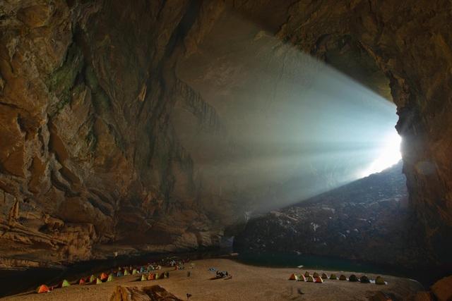 H'Hen Niê kể chuyện gặp ác mộng khi ngủ trong lòng hang Sơn Đoòng - 12