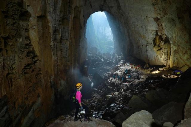 H'Hen Niê kể chuyện gặp ác mộng khi ngủ trong lòng hang Sơn Đoòng - 10