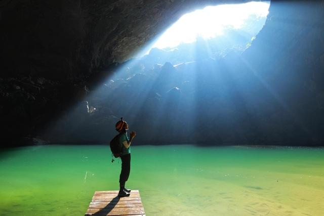H'Hen Niê kể chuyện gặp ác mộng khi ngủ trong lòng hang Sơn Đoòng - 17