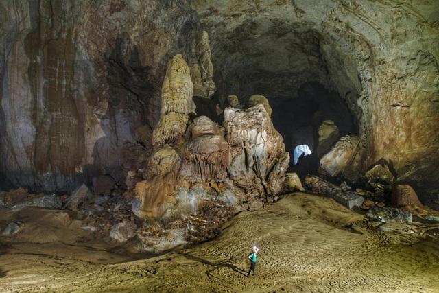 H'Hen Niê kể chuyện gặp ác mộng khi ngủ trong lòng hang Sơn Đoòng - 11