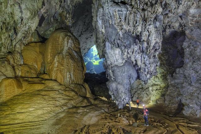 H'Hen Niê kể chuyện gặp ác mộng khi ngủ trong lòng hang Sơn Đoòng - 4