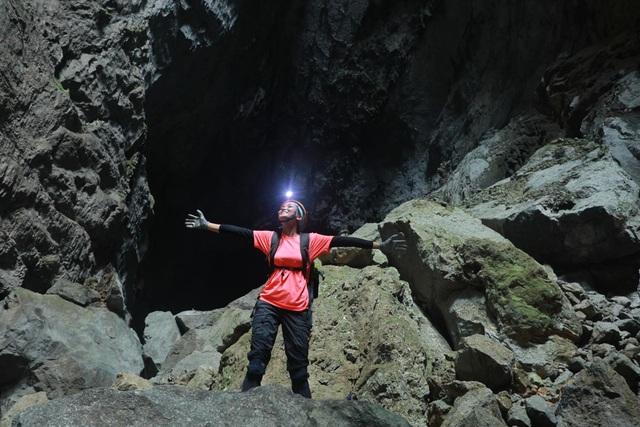H'Hen Niê kể chuyện gặp ác mộng khi ngủ trong lòng hang Sơn Đoòng - 7