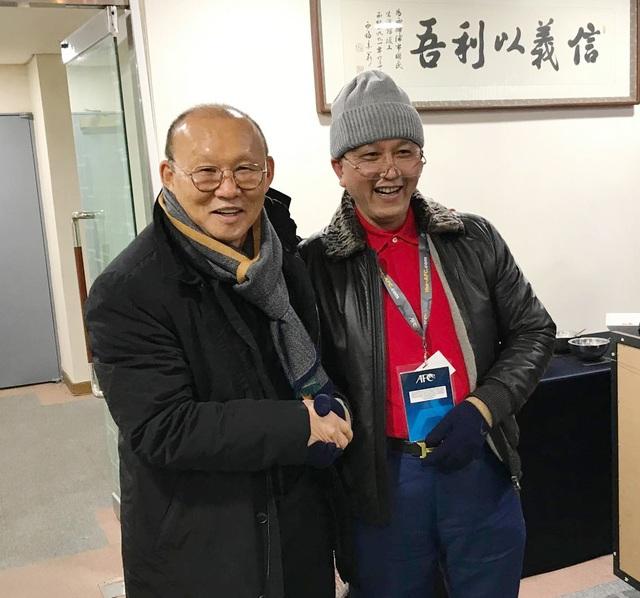 Báo châu Á quan tâm chuyện HLV Park Hang Seo chăm học tiếng Việt