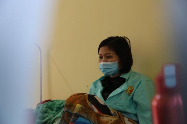 """2 nữ công nhân trong nhóm 8 người trở về từ Vũ Hán """"thoát án"""" Covid-19 - 1"""