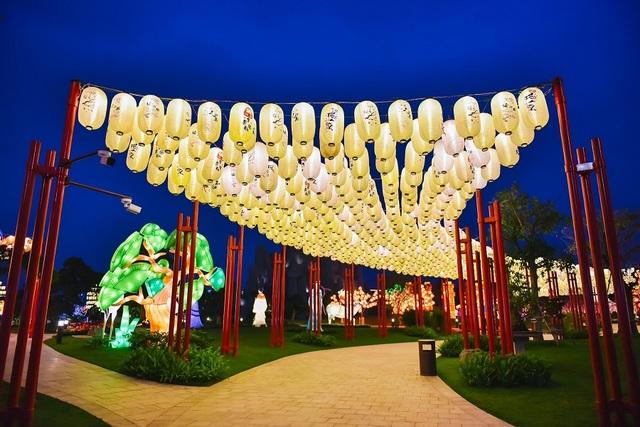 Những điều chỉ có trong lễ hội hoa xuân trăm tỷ ở Vinhomes Smart City - 5