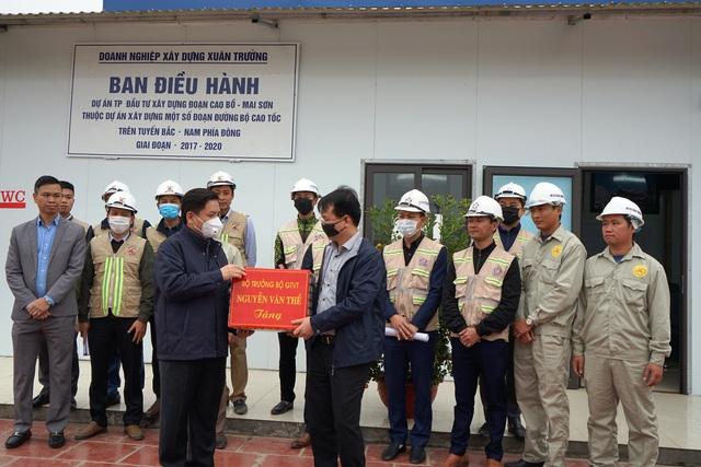 Bộ trưởng GTVT: Ninh Bình sớm bàn giao mặt bằng làm cao tốc Bắc - Nam - 3