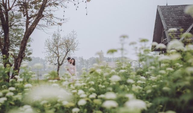 Cầu thủ Duy Mạnh và vị hôn thê tung ảnh cưới lãng mạn sát thềm hôn lễ - 8