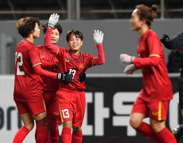 Báo châu Á không tin nữ Việt Nam có thể gây sốc trước nữ Hàn Quốc - 2