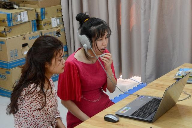 Nhiều trường sốt sắng dạy học trực tuyến thời dịch bệnh Corona - 1