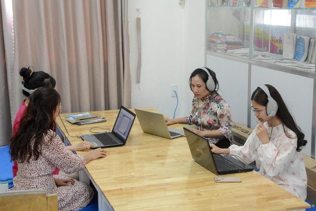 Nhiều trường sốt sắng dạy học trực tuyến thời dịch bệnh Corona - 4