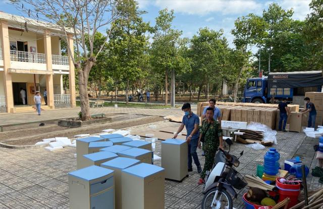 Những hình ảnh đầu tiên về bệnh viện dã chiến chống corona tại Sài Gòn - 2