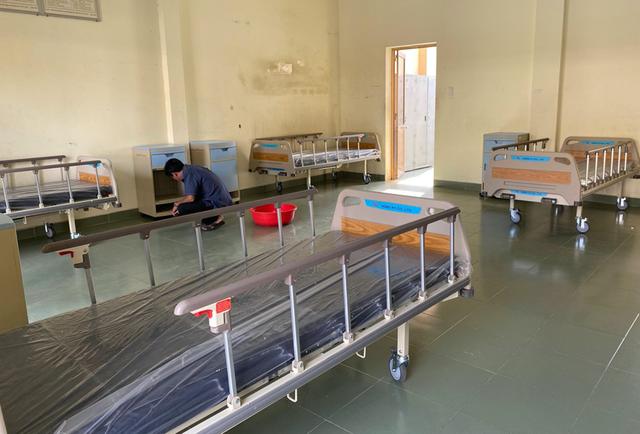 Những hình ảnh đầu tiên về bệnh viện dã chiến chống corona tại Sài Gòn - 4