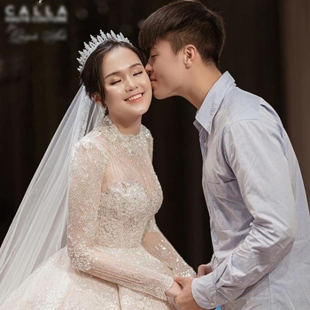 Đám cưới Duy Mạnh: Cô dâu chú rể sẽ diện trang phục hàng hiệu sang chảnh - 1