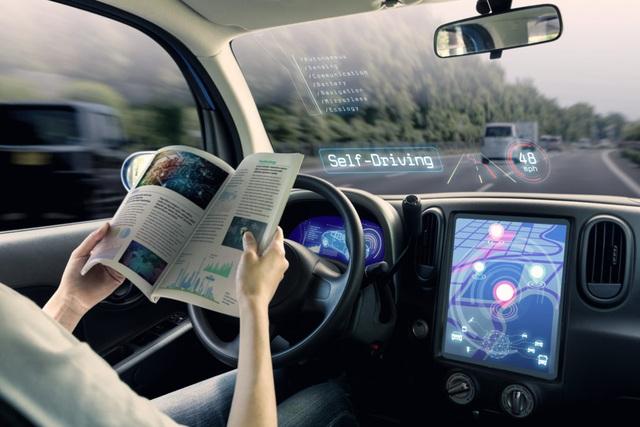 Liệu người tiêu dùng đã sẵn sàng sử dụng xe tự lái? - 1