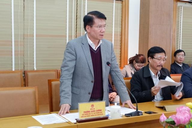 Tuyến đầu chống nCoV: Lào Cai tiếp nhận 216 người Việt từ tâm dịch - 5