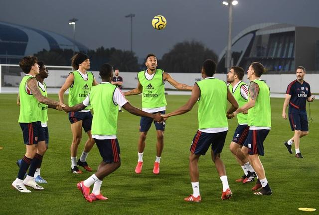 Arsenal luyện tập trong kì nghỉ Đông ở Dubai - 7