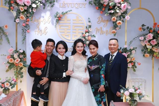Đám cưới Duy Mạnh - Quỳnh Anh: Cặp đôi trao nhẫn, chính thức là vợ chồng - 22