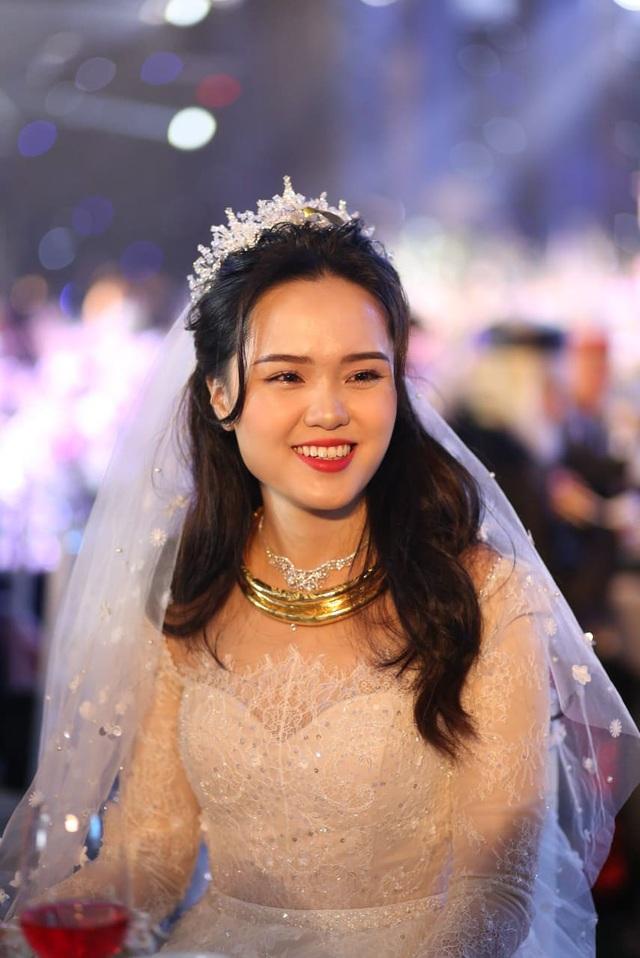Đám cưới Duy Mạnh - Quỳnh Anh: Cặp đôi trao nhẫn, chính thức là vợ chồng - 4