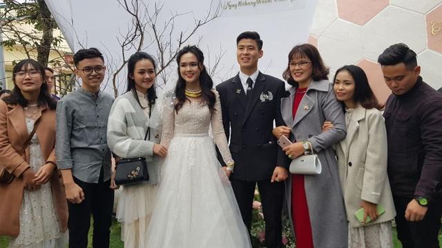 Đám cưới Duy Mạnh - Quỳnh Anh: Cặp đôi trao nhẫn, chính thức là vợ chồng - 1