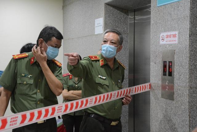 Bệnh viện đầu tiên tại miền Trung thực hiện được xét nghiệm virus corona - 4