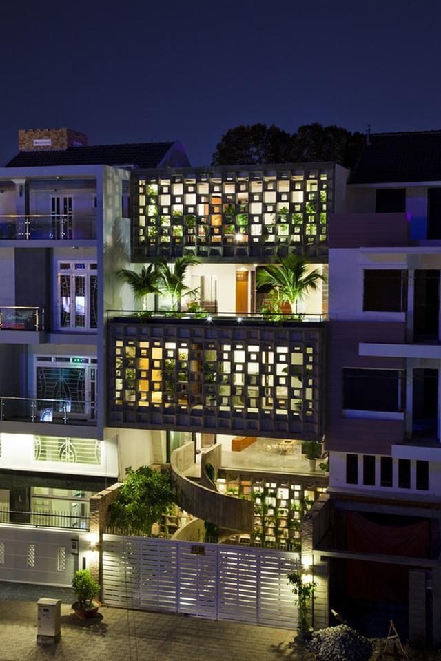 Nhà ở Sài Gòn gây sốt trên báo Tây bởi thiết kế nửa kín, nửa hở - 7