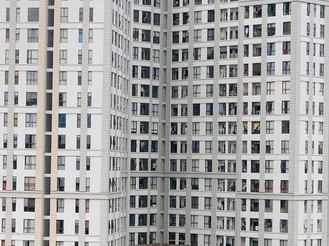 Hàng loạt kiến nghị cứu vãn thị trường bất động sản khỏi... bất động - 1