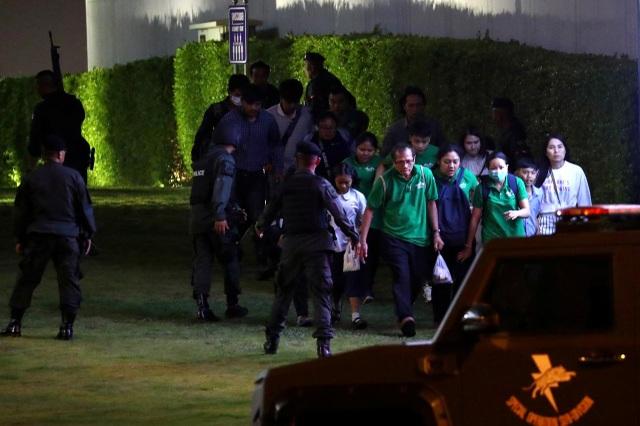 Đặc nhiệm Thái Lan giải cứu con tin, truy bắt nghi phạm đang cố thủ - 12