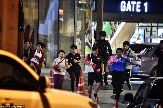 Đặc nhiệm Thái Lan giải cứu con tin, truy bắt nghi phạm đang cố thủ - 6