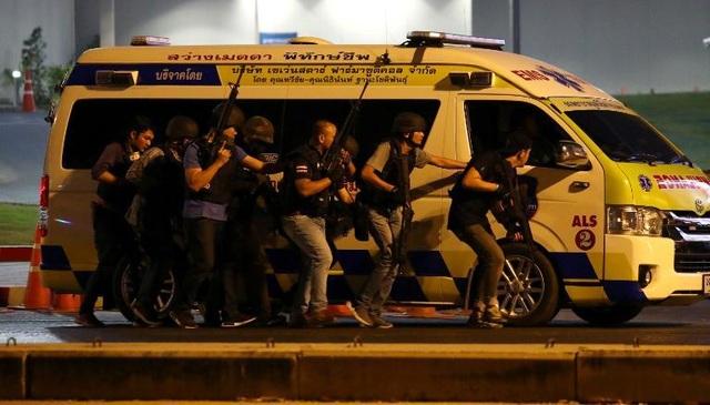 Binh sĩ Thái Lan mang 700 viên đạn, sát hại 21 người ở trung tâm thương mại  - 2