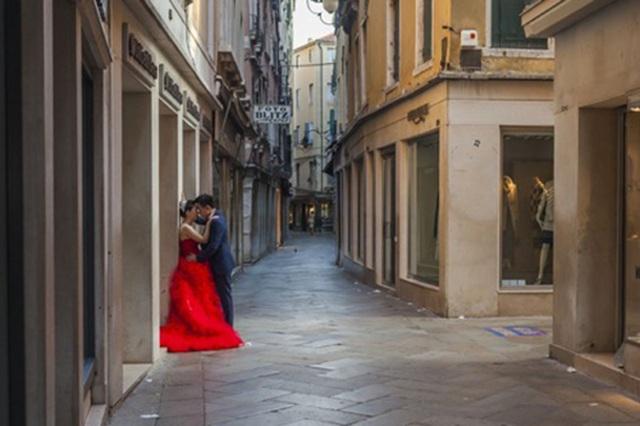 Trung Quốc: Gia tăng xu hướng du lịch - kết hôn tại Italy - 1