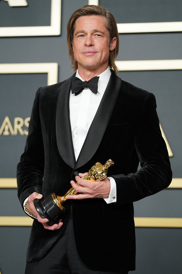 Brad Pitt rạng rỡ bên tượng vàng Oscar - 2