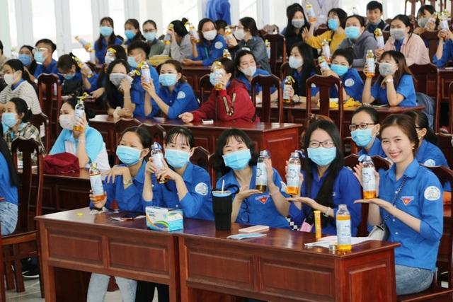 Trở lại trường, sinh viên ĐH Kiên Giang học ngay cách phòng virus Corona - 8