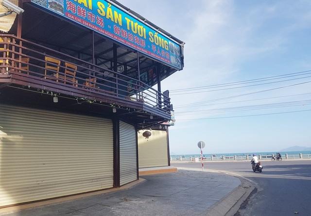 Nha Trang: Hàng loạt nhà hàng hải sản đóng cửa vì vắng khách  - 2
