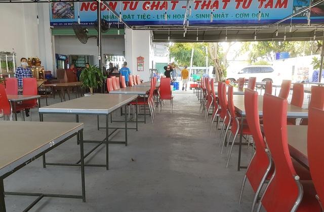 Nha Trang: Hàng loạt nhà hàng hải sản đóng cửa vì vắng khách  - 6