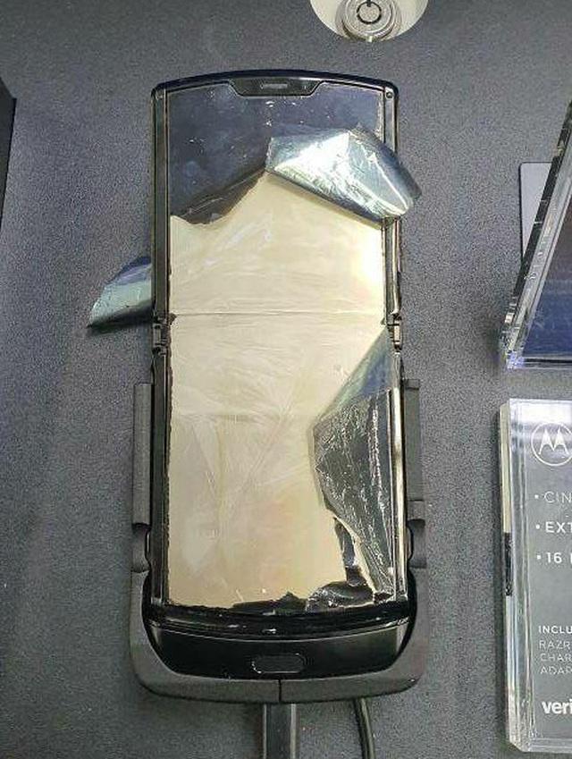 Moto RAZR dính lỗi màn hình hàng loạt sau chỉ 1 ngày mở bán - 5