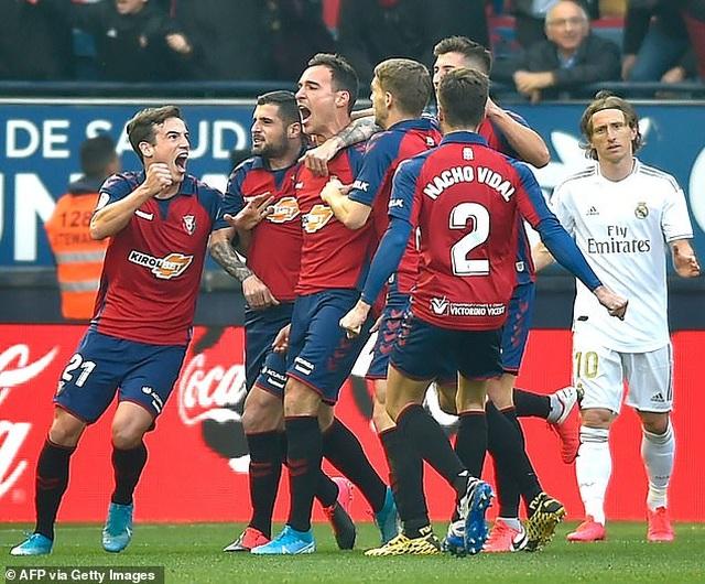 Osasuna 1-4 Real Madrid: Đoàn quân HLV Zidane vững ngôi đầu - 4