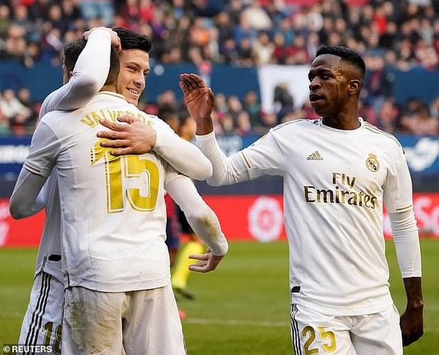 Osasuna 1-4 Real Madrid: Đoàn quân HLV Zidane vững ngôi đầu - 11