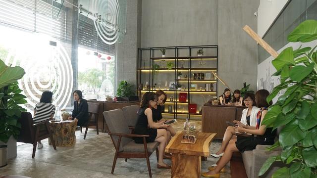 AIA100 - Trung tâm dịch vụ khách hàng hiện đại và khác biệt - 1