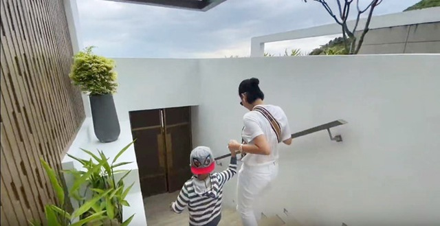 Cận cảnh biệt thự triệu đô bên bờ biển của gia đình Thu Minh - 7